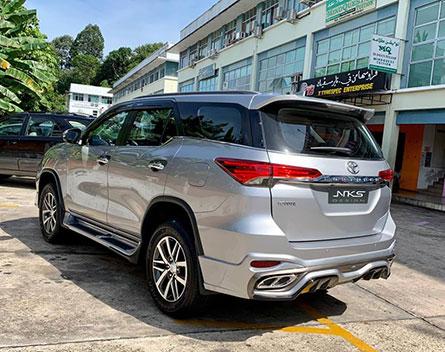 ชุดแต่งรถ Toyota Fortuner ทรง Lexus